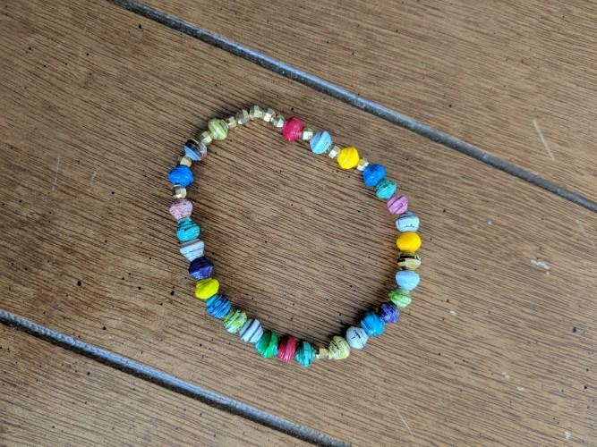 paper play bracelet